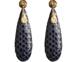 Dark blue and gold earrings made of stingray leather Emeline