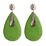 Shamrock green and silver earrings made of stingray leather Giulia